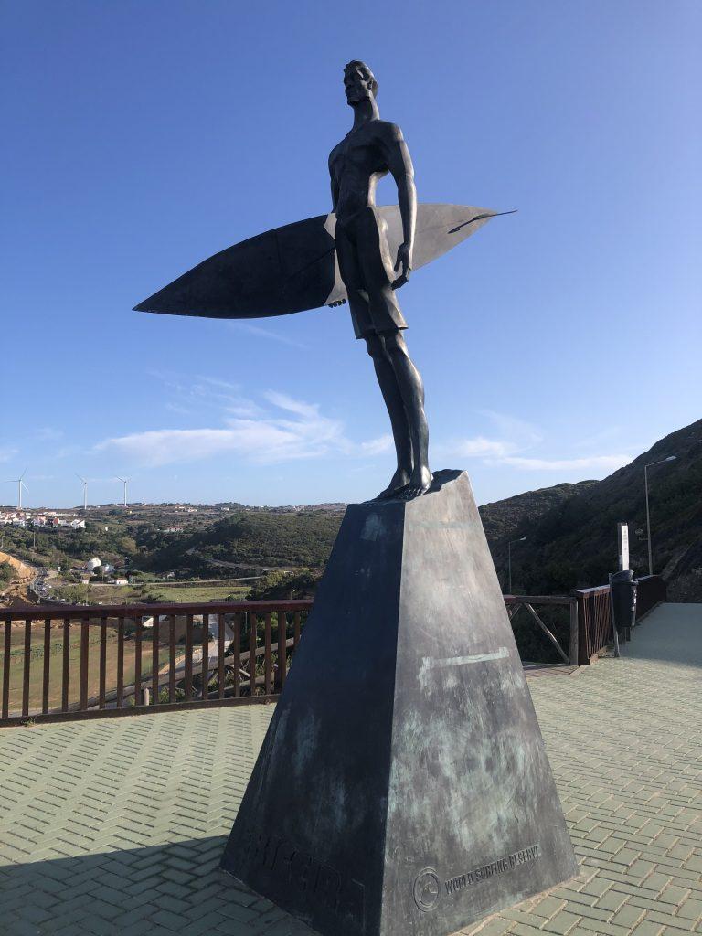 Pomnik surfera